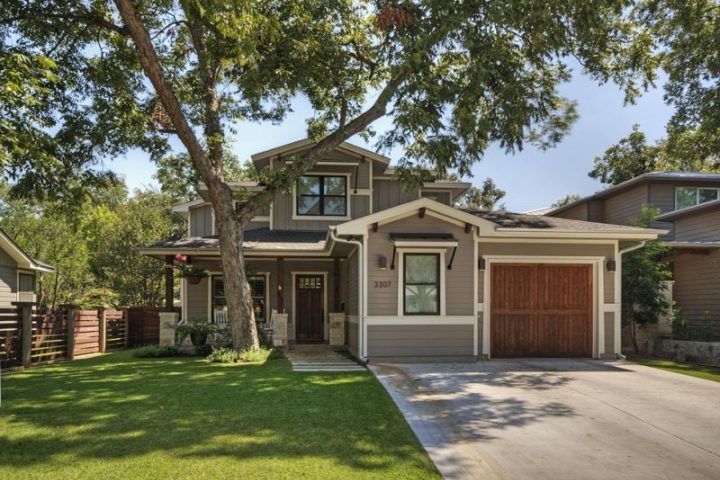 Bryker woods craftsman central austin homes portfolio for Custom craftsman home builders